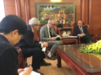 Strengthening collaboration for preventive measures for influenza A(H7N9) in Viet Nam